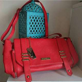 Women's 'FIORELLI' Stunning Coral Coloured Handbag With Gold Hardware - AS NEW