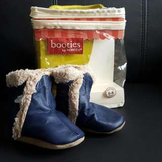 BNIB ROBEEZ LEATHER BOOTIES 0-6 MONTHS