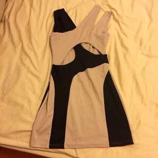 交叉設計簍空小洋裝