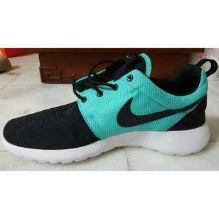 Authentic Nike Sport Shoes