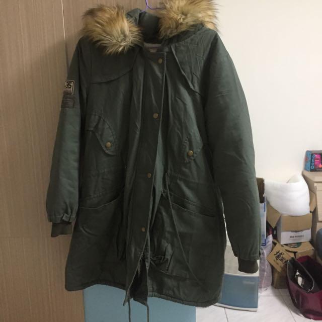 軍綠連身保暖外套