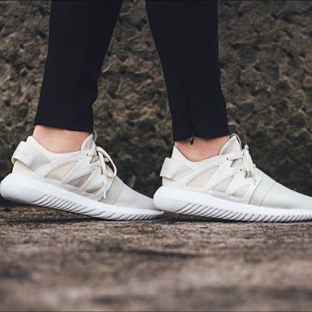 low priced 9cfb8 cfa1e Adidas Originals Tubular Viral Cream Women Shoe, Women's Fashion, Shoes on  Carousell