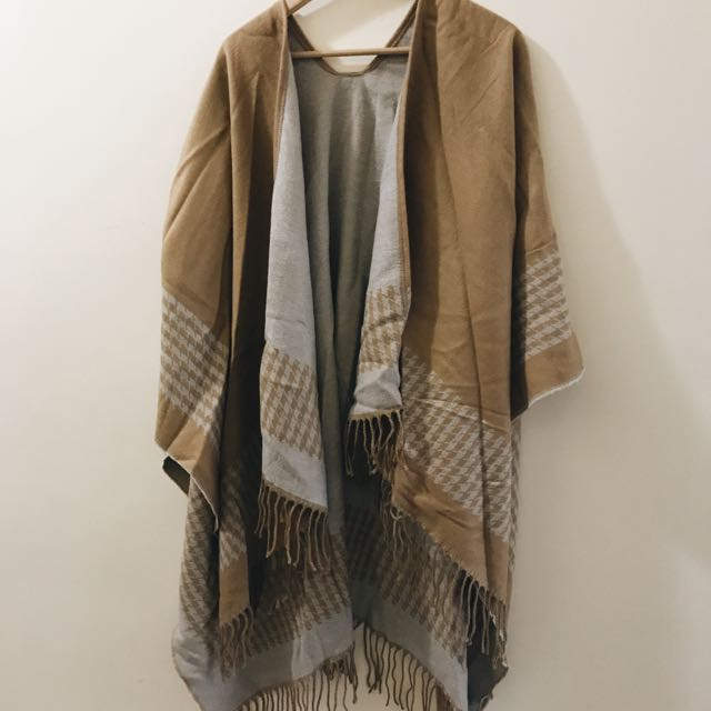 Comfy Two-sided Blanket Shawl