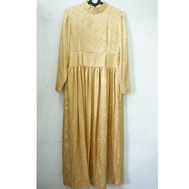 Dress Vintage Bunga