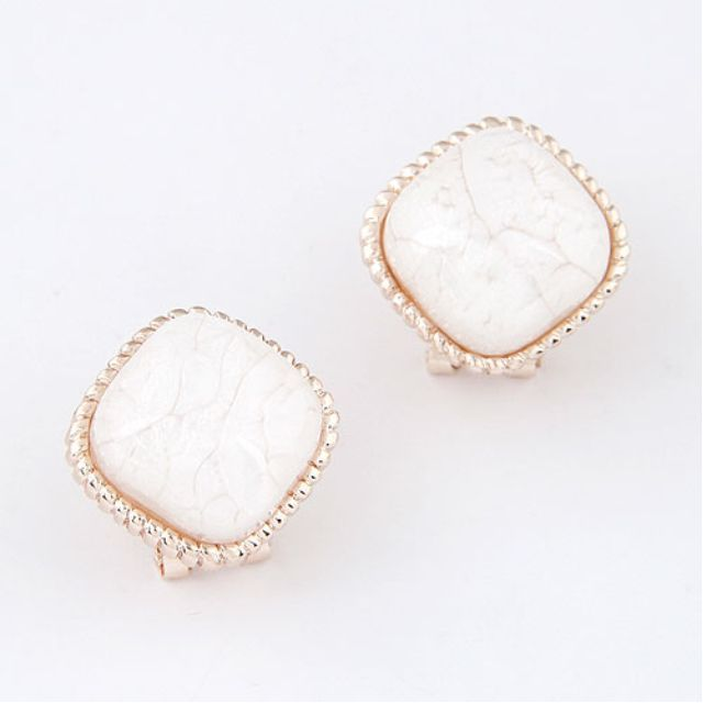 Earring Studs - BRAND NEW - White stone stud earrings