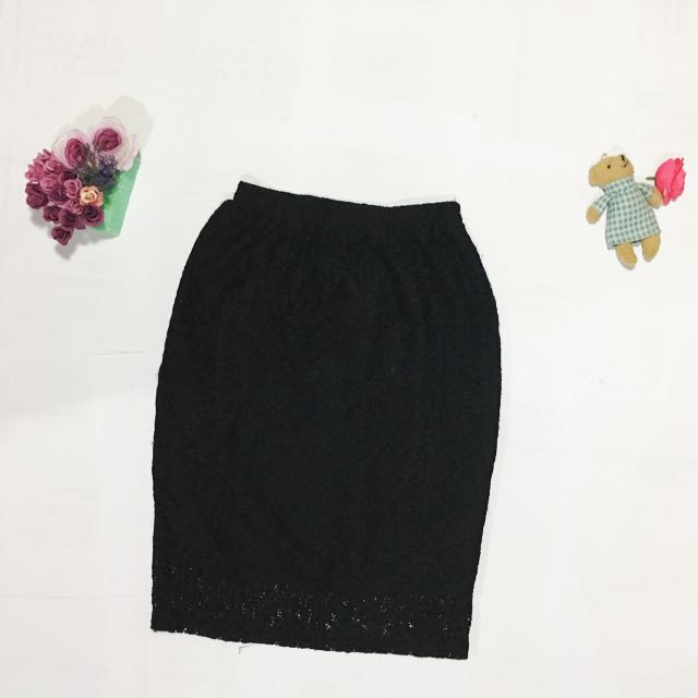 Flowery Black Skirt