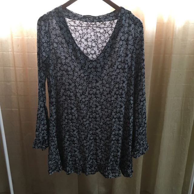 GLASSONS Long Sleeve Mini Dress Size 6