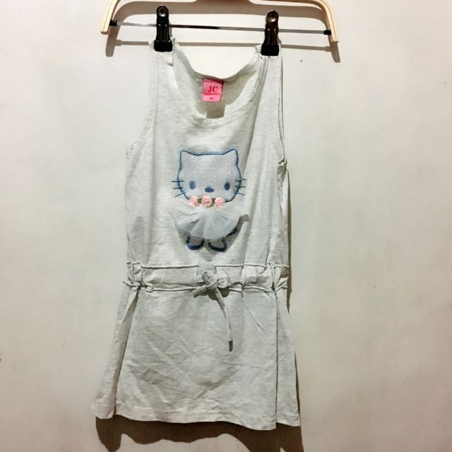 Hello kitty dress, 2T, Worn Once, Cotton Fabric, P150.**