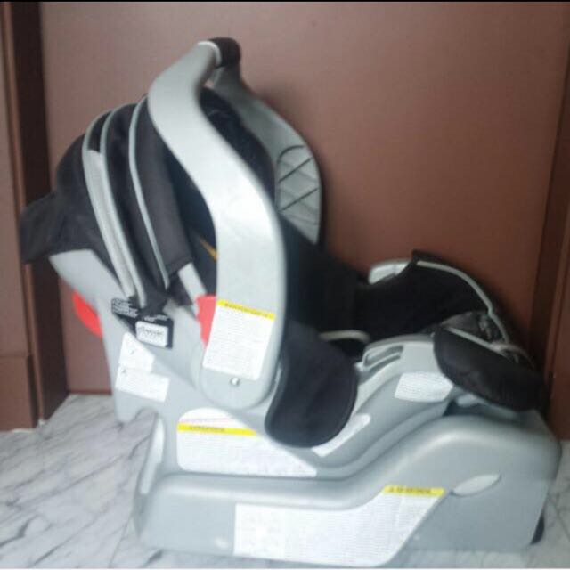 Imported Graco Classic Connect Car Seat