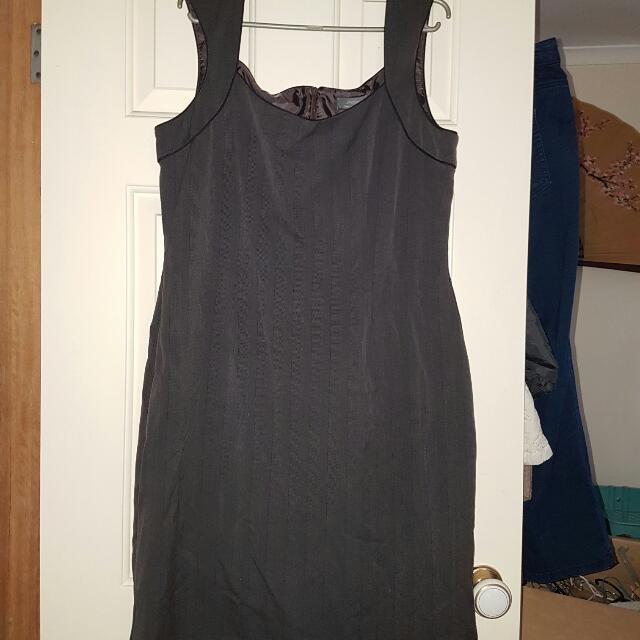 Jacqui E 16 Grey Suit Dress Sleeveless