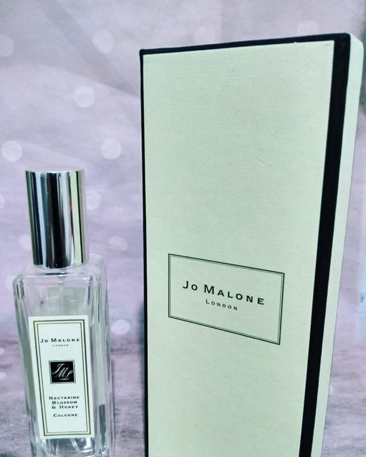 Jo Malone Nectarine Blossom & Honey 30ML Perfume (Second) complete with box and paperbag