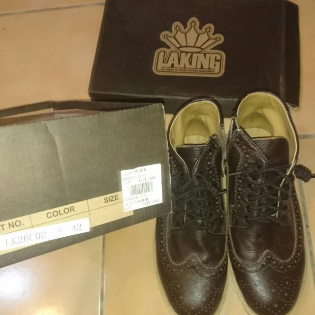 品牌Laking 咖啡英倫馬汀靴 42碼