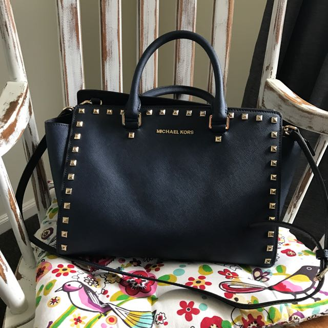 Michael Kors Selma Stud Navy Bag