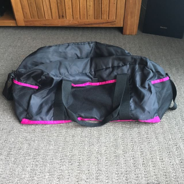 Plain Back And Pink Sports Bag