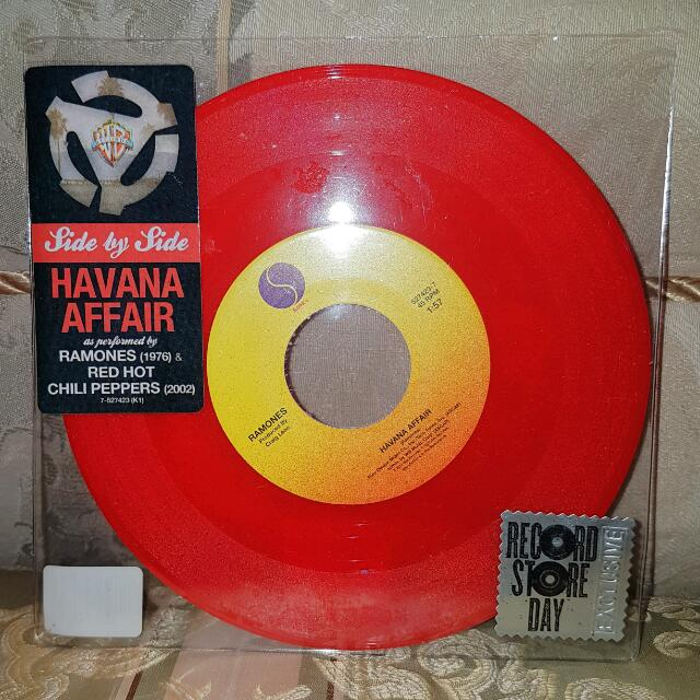 "Ramones / Red Hot Chili Peppers - Havana Affair RSD 7"" Vinyl Record"