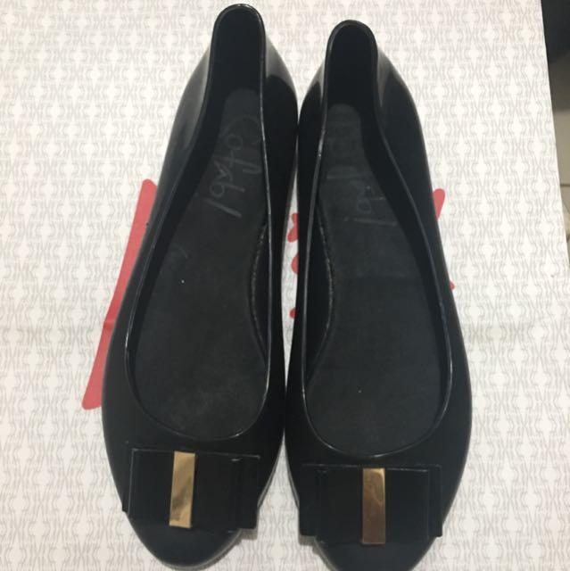 So Fab Black Shoes