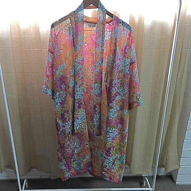 Tree Of Life stunning Kimono with tie for waist One Size