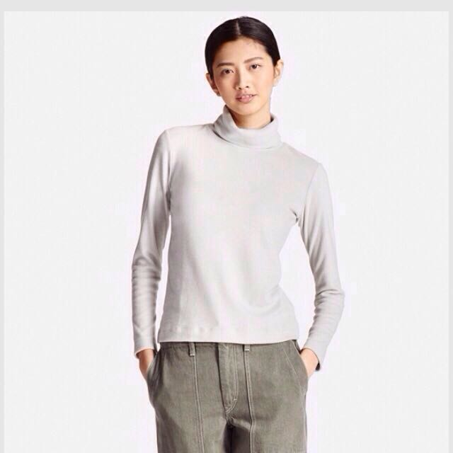 a4e2fe65 Uniqlo Women Heattech Fleece Turtle Neck Long Sleeve T Shirt, Women's  Fashion, Clothes, Tops on Carousell