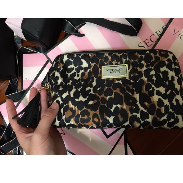 Victoria's Secret 豹紋化妝包