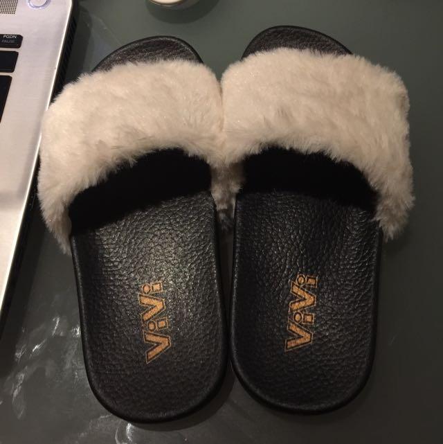 Vivi Fur White Slippers