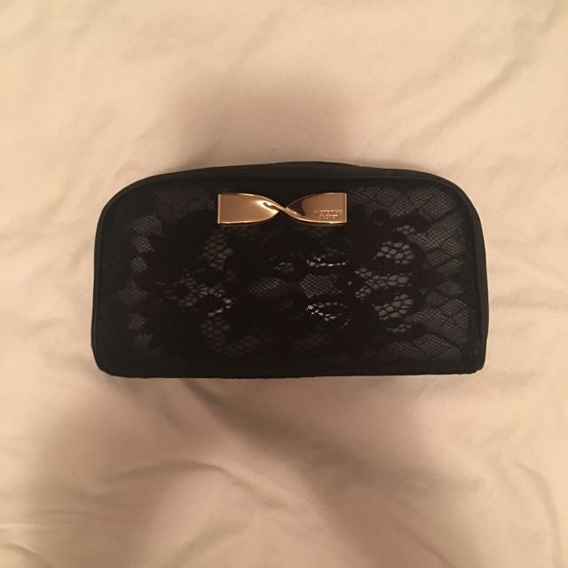 VS Make Up Bag