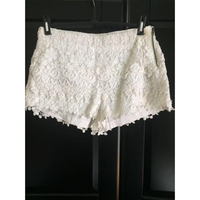 Zara White Floral Shorts