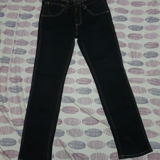Wrangler Authentic Skinny Jeans SIZE 32