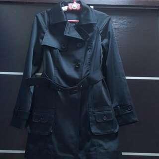 極修腰 黑色乾濕褸Trench coat
