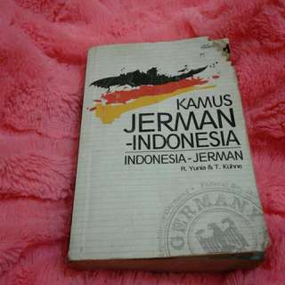 Kamus Jerman- Indonesia By R.yunia & T.kühne