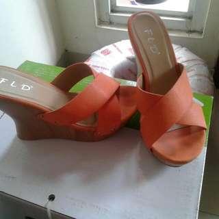 "Wedges ""FLD"" Orange"