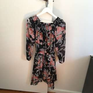 Forever New Miya Off Shoulder Dress Size 6