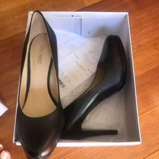 Nine West Black Court Shoes