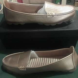 Comfy Shoes/Flats/Loafers