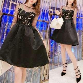 Floral Embroidery Deco Mesh Raglan Sleeves Sexy Elegant Black Skater Dress - Code H630