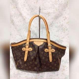 Louis Vuitton Handbag LV