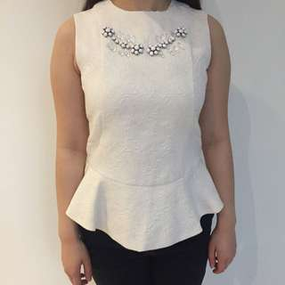 Peplum White Top Minimal