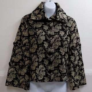 村明秀高貴奢華宮廷式袖子時尚造型外套優質特殊款式外套日本設計師專櫃品牌【全新原價5280元女性造型外套M號】