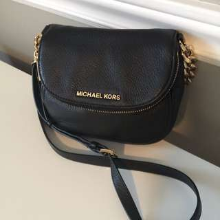 Michael Kors Bedford Small Crossbody Saddle Bag - Black