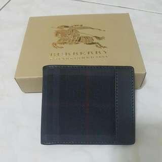 Burberry 全新正牌短夾錢包(送禮好物)