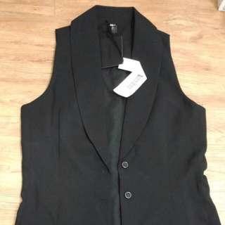 Galoop 原價2380 全新 好搭 西裝背心