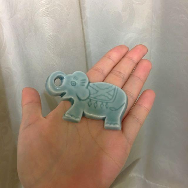 大象花朵筷架