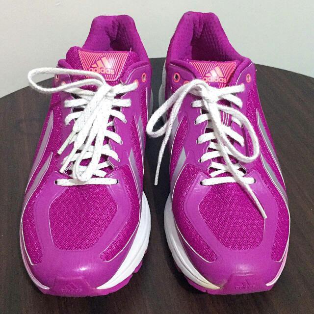 Adidas Nike Reebok Converse