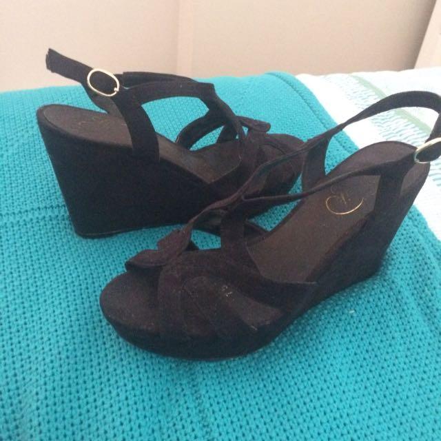 Black Lipstick Heels Size 7.5