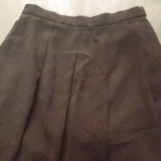 brown skirt / rok coklat