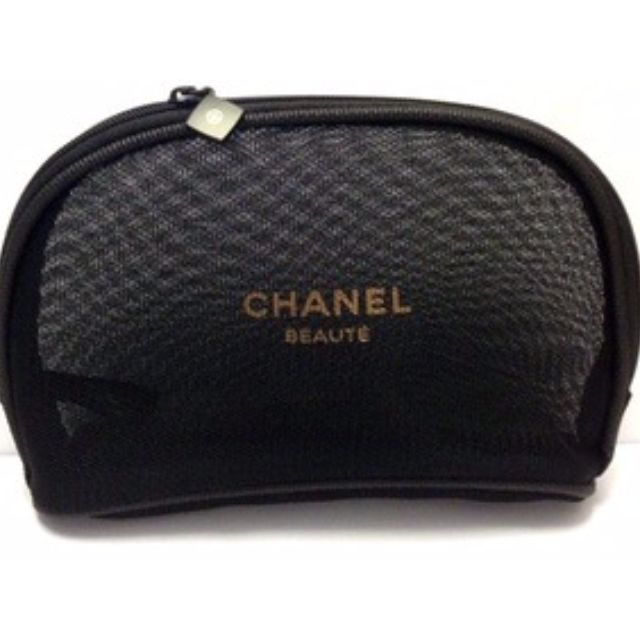 98a5f7c645f8 Chanel Mesh Pouch Gift with Purchase (FREE DELIVERY ), Luxury ...