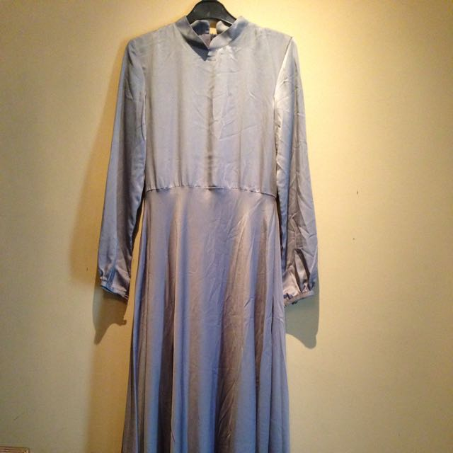 dress panjang abu