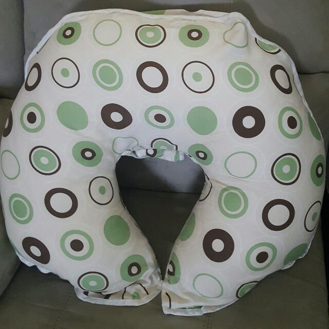 EUC ORGANIC COTTON NURSING PILLOW AND BABY SUPPORT