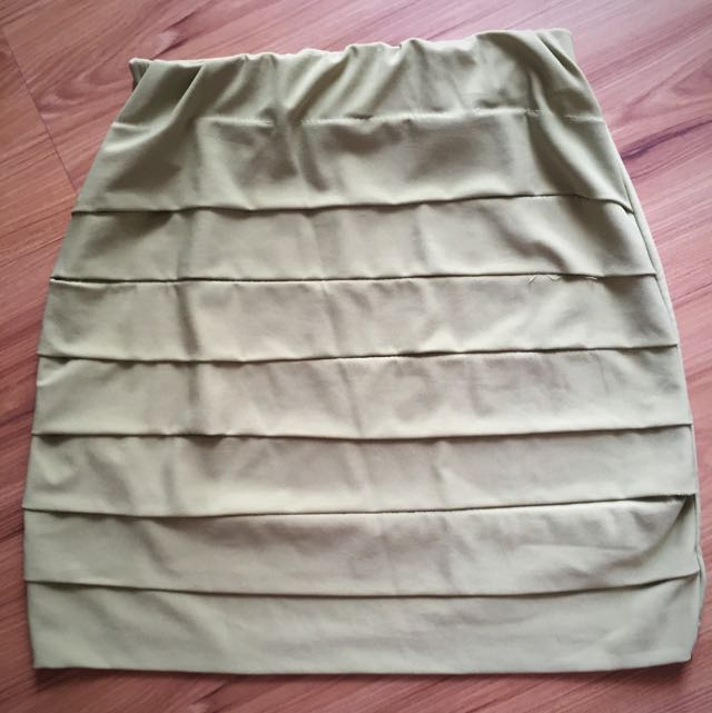 Murah! Baru! Green Body Con Skirt