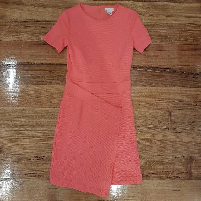 H&M Dress Size 8 Coral Colour T-shirt Dress With Cross Over Detail Party