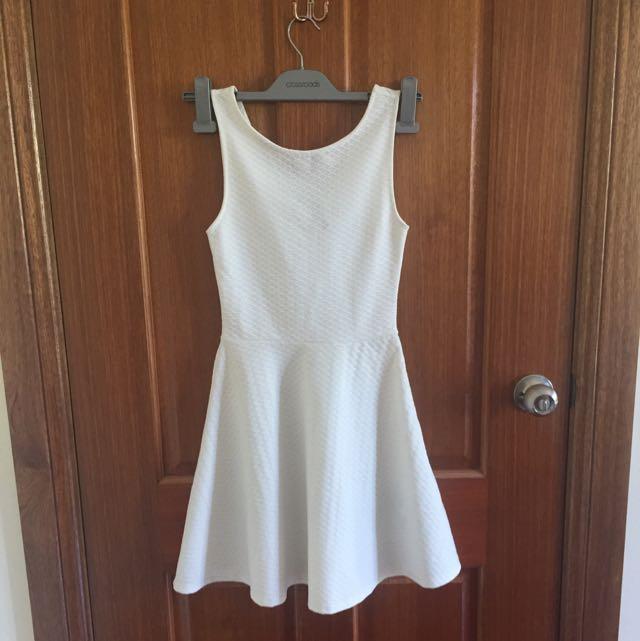 H&M White Textured Skater Dress With V Back